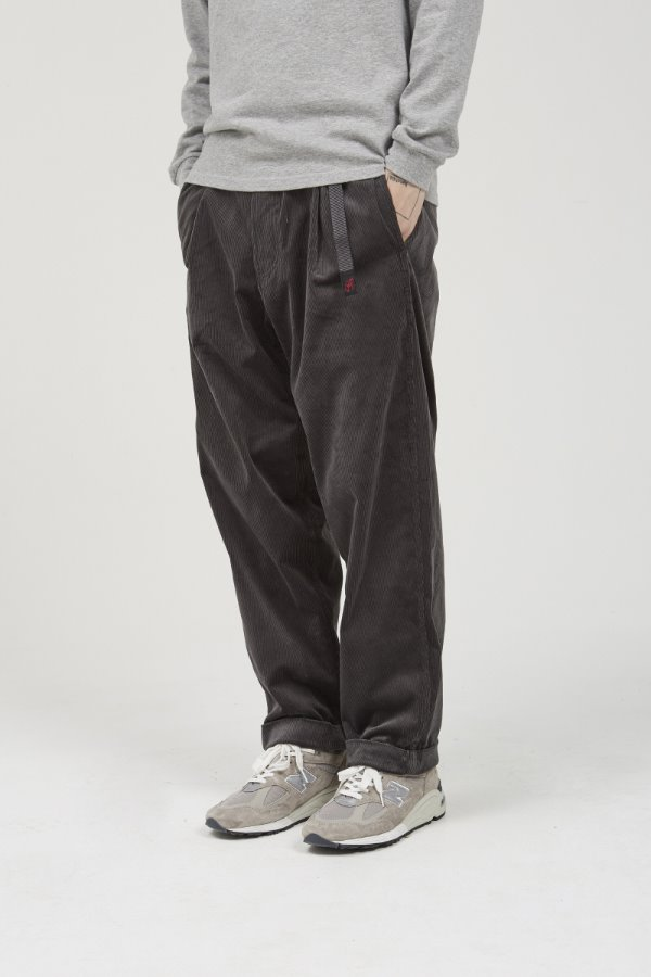 CORDUROY TUCK TAPERED PANTS CHARCOAL