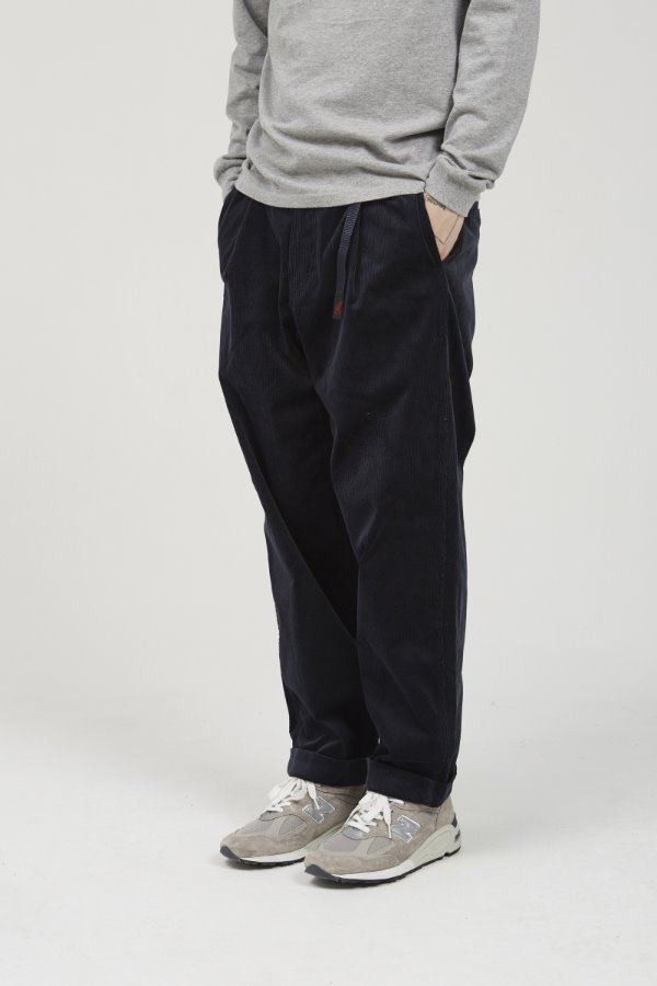 CORDUROY TUCK TAPERED PANTS DOUBLE NAVY