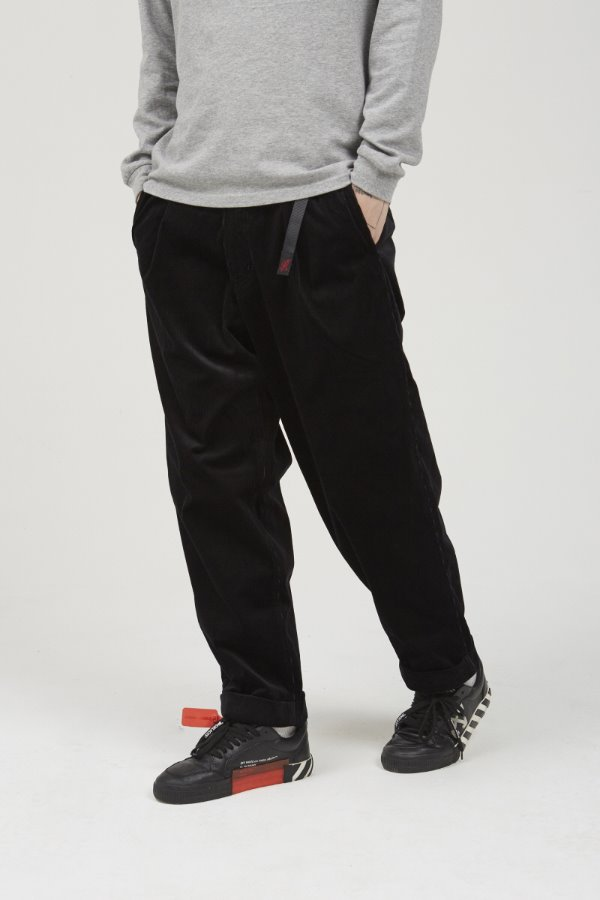 CORDUROY TUCK TAPERED PANTS BLACK