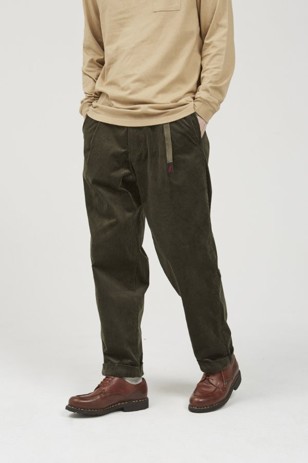 CORDUROY TUCK TAPERED PANTS OLIVE